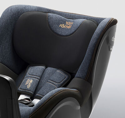 https://www.britax-roemer.cz/dw/image/v2/BBSR_PRD/on/demandware.static/-/Library-Sites-BritaxSharedLibrary/default/dwa22a7e20/Features/CarSeats/Feature-CS-PaddedSideWings-9002.jpg?sw=400&sh=400&sm=fit