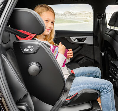 https://www.britax-roemer.cz/dw/image/v2/BBSR_PRD/on/demandware.static/-/Sites-Britax-EU-Library/default/dw48ce7fd4/Features/CarSeats/Feature-CS-HighbackBooster.jpg?sw=400&sh=400&sm=fit
